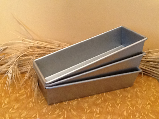 Picture of Bread Pan ~ Family Size 1.5 # Loaf Pan